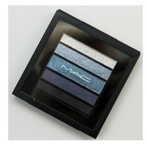 Mac Cosmetics eyeshadow palette Bleuluxe